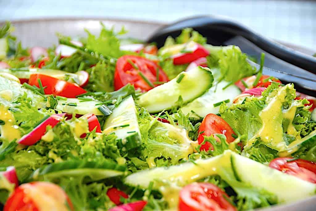 Frillice Salat Med Radiser Og Sennepsdressing Madens Verden