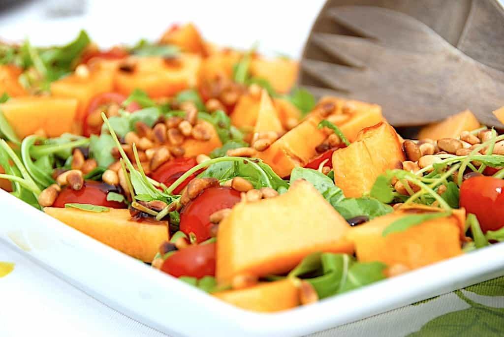 Nem cantaloup melon salat med tomater og rucola