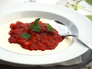 billede resultat for rødgrød med fløde