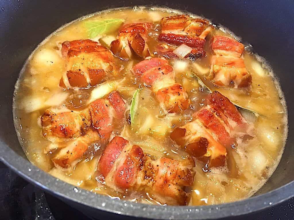 billede med bacongryde der simrer