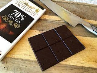 billede med chokolade til banamuffins