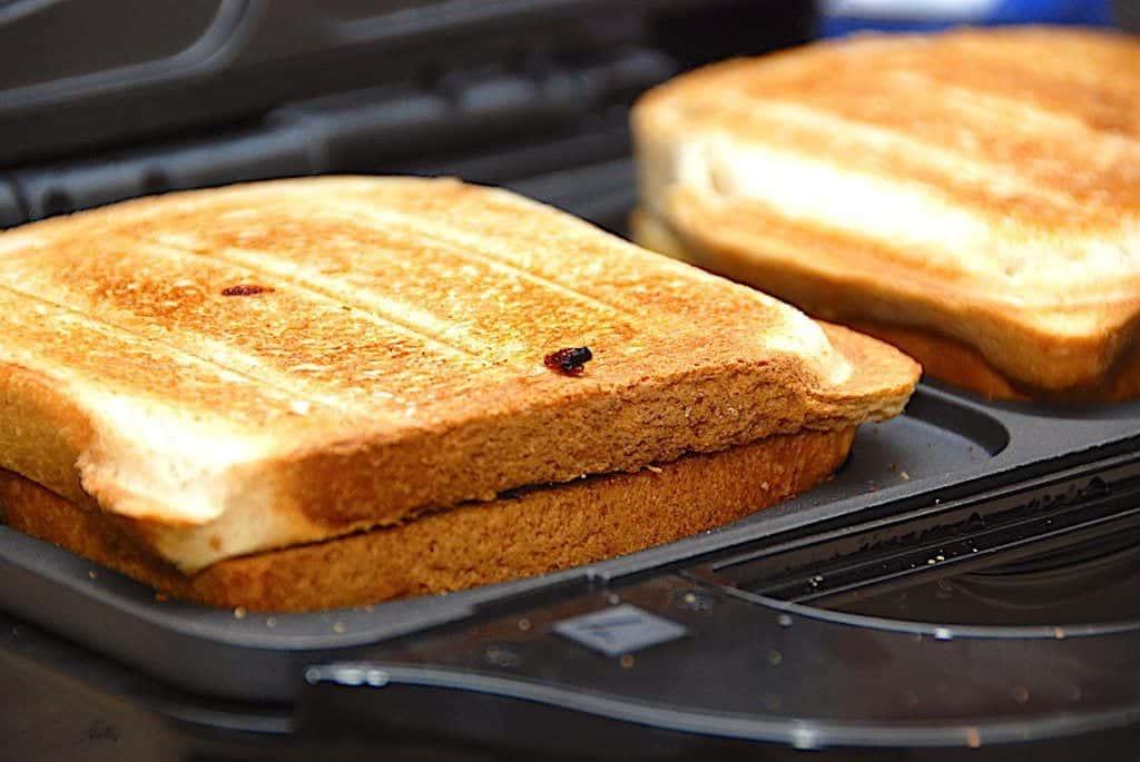 billede med cowboytoast i toastjern