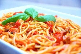 billede med one pot spaghetti med chorizo
