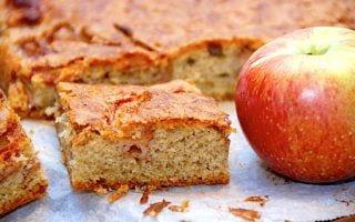billederesultat for bradepandekage med æbler og kanel
