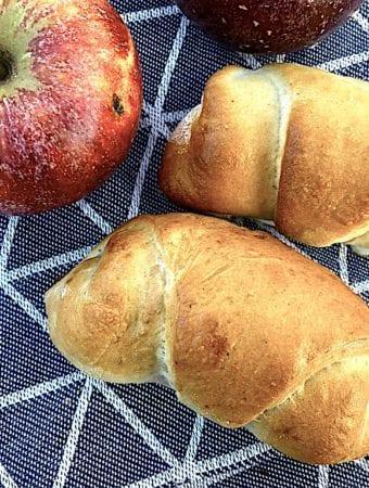 Gammeldags æblehorn opskrift med æblekompot