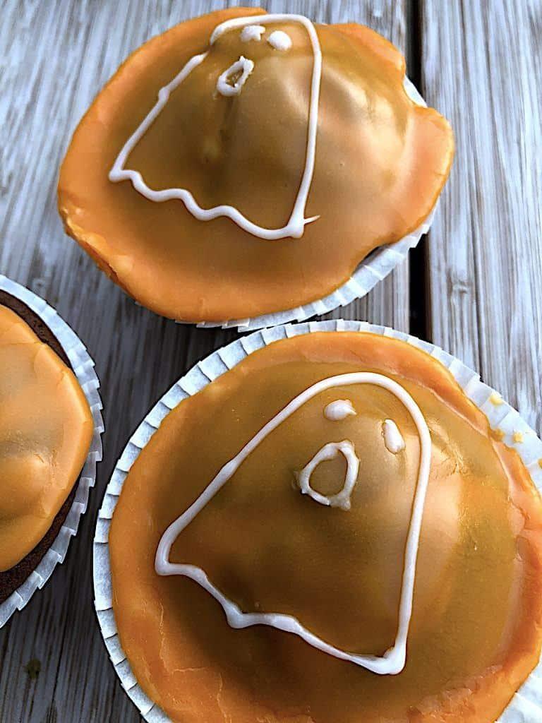 billederesultat for halloween muffins med chokoladekage