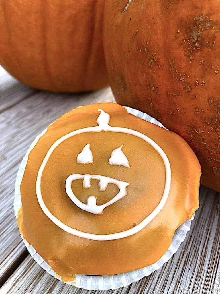billederesultat for halloween muffins med græskarmand
