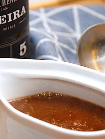 Opskrift på madeira sauce lavet fra bunden