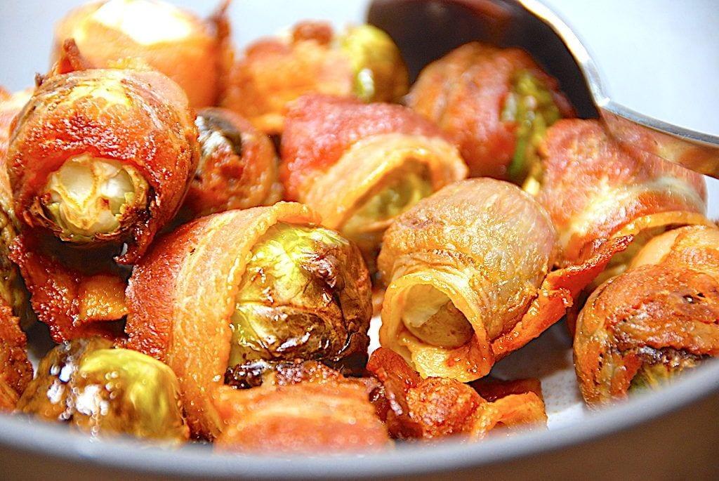 billederesultat for stegte rosenkål med bacon