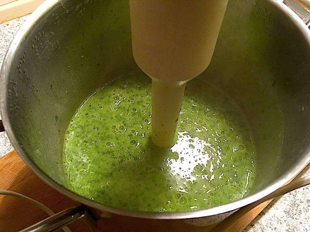 billederesultat med stavblender i grønkålssuppe