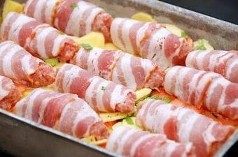 Baconruller i fad (nem opskrift med flødegrøntsager)