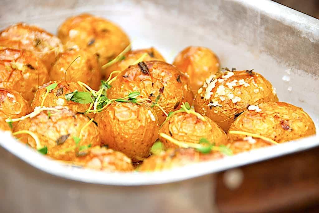 Opskrift på langtidsstegte kartofler i ovn