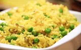 ris med karry og ærter