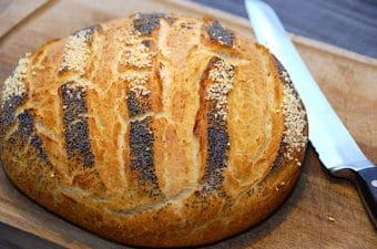 Franskbrød i gryde – bages i ovn på 45 minutter