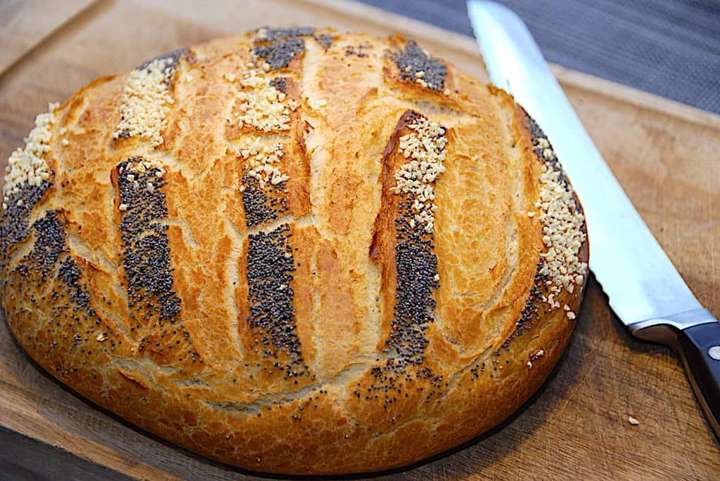 Franskbrød i gryde - bages i ovn på 45 minutter