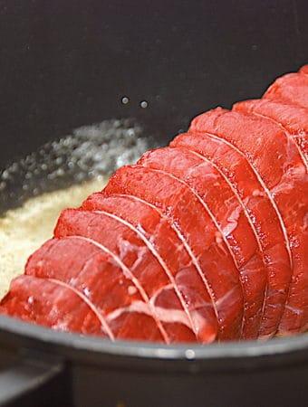 Grydestegt roastbeef med stegetid og kernetemperatur