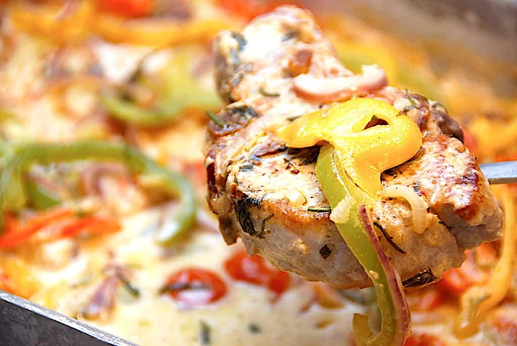 Lækre italienske koteletter med peberfrugter