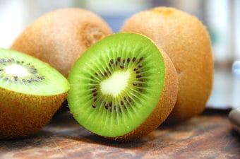 Alt om kiwi – og jo, derfor skal du spise kiwiskrællen!