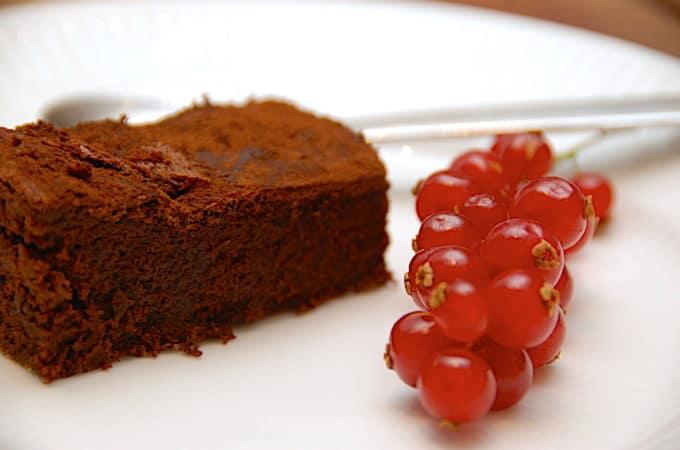 mørk chokoladekage