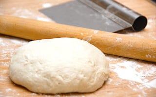 pizzadej med bageenzymer