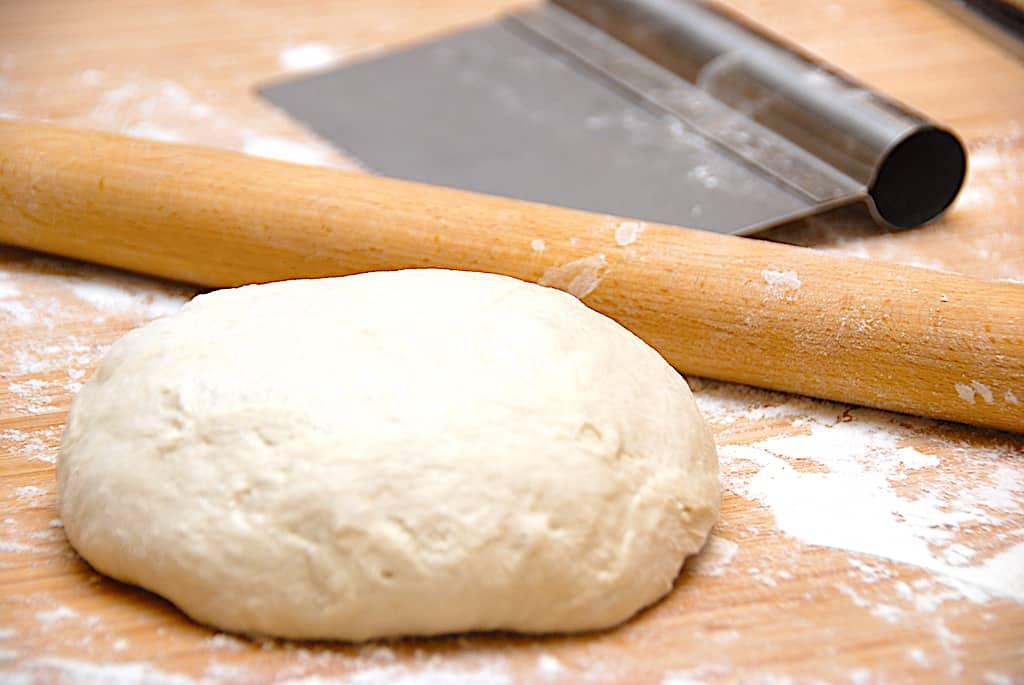 Bedste pizzadej med bageenzymer og tipo 00 mel