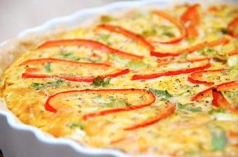 Tærte med spidskål og gulerødder (nem vegetarret)