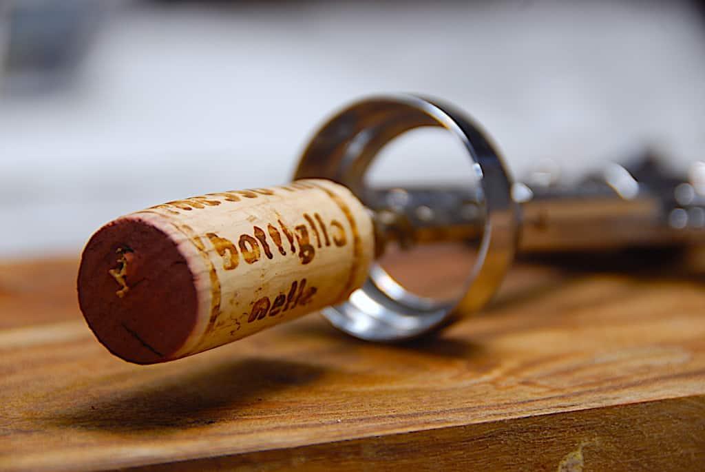 Åbnet vin – opbevaring og holdbarhed på vin efter åbning