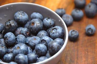 Blåbær – fakta og viden om det sunde bær