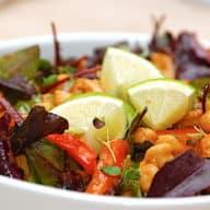 billederesultat for salat med kikærter og kylling