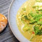 indisk linsesuppe med karry