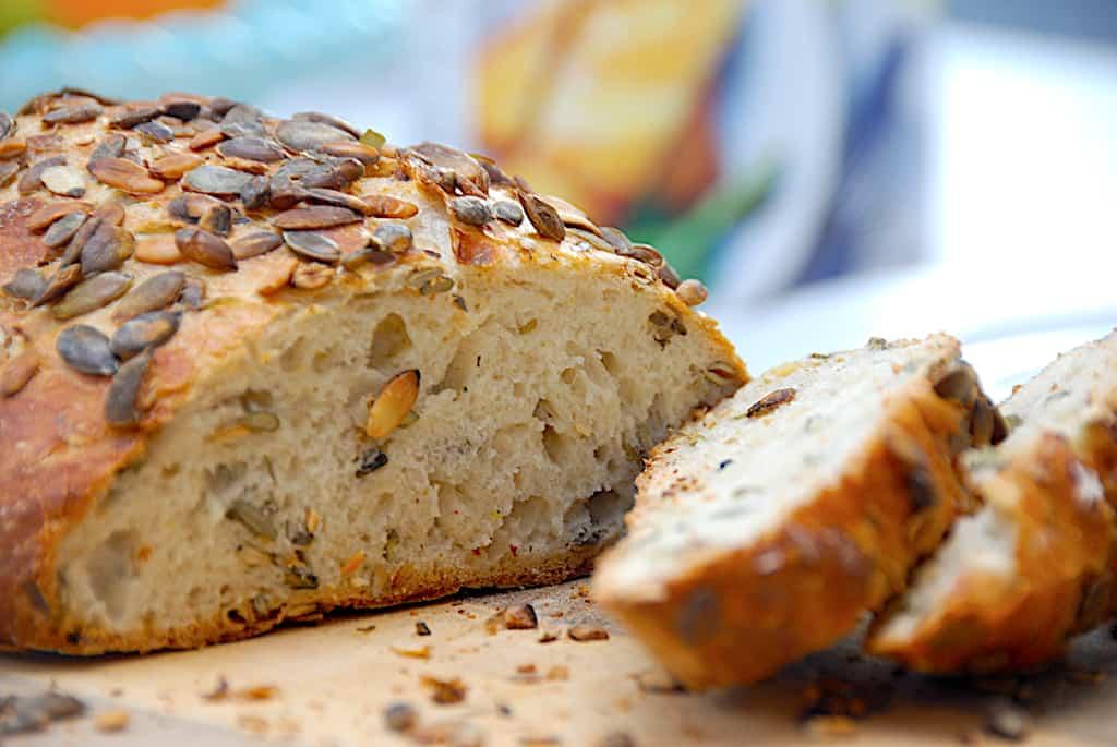 Græskarbrød i gryde – nemt no knead grydebrød