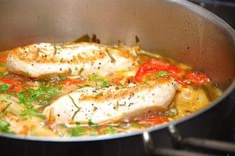 Kyllingfilet i agrodolce (italiensk sur-sød sauce)