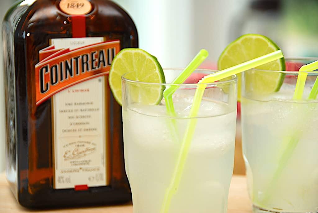 Cointreau fizz - opskrift på drink med appelsinlikør