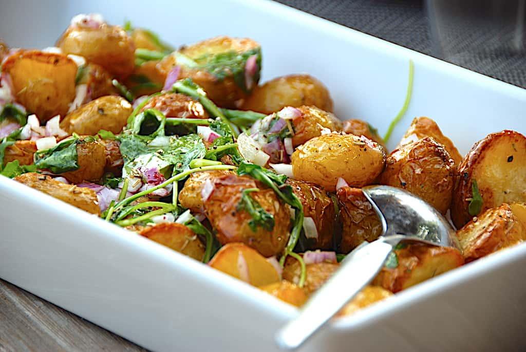 Holgers kartoffelsalat med rucola og rødløg