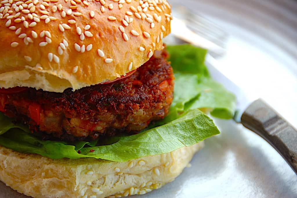 Vegetarburger – opskrift på lækker burger uden kød