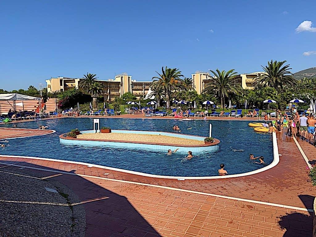 baia di conte poolområde