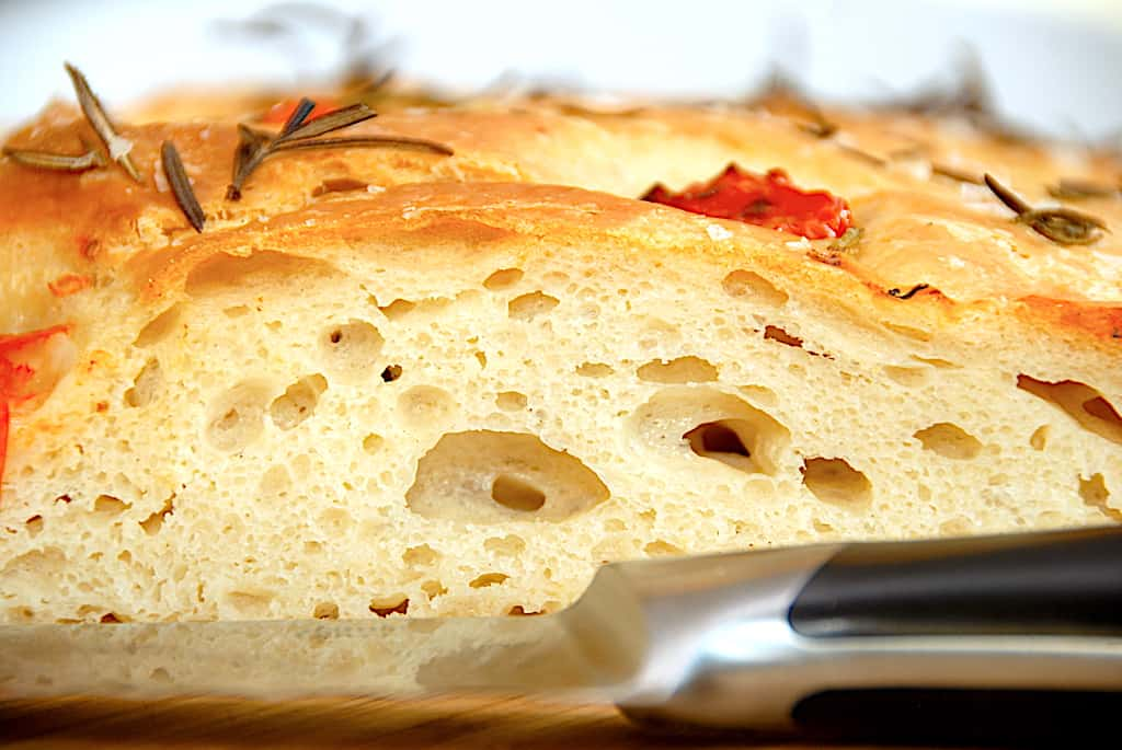Italiensk madbrød med tomater og rosmarin