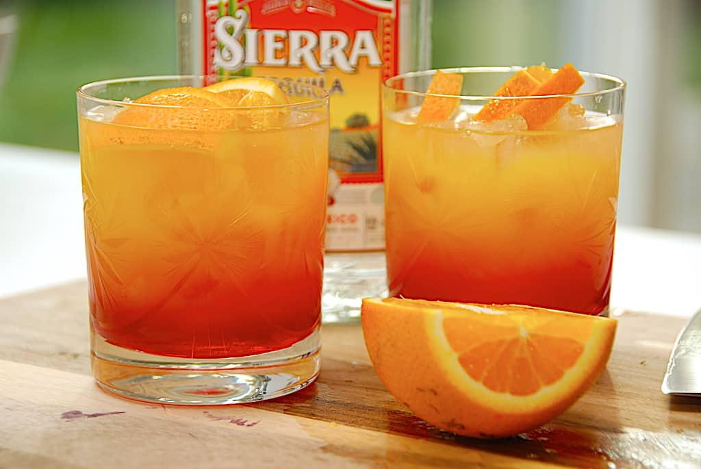 Tequila Sunrise - opskrift på den mexicanske longdrink