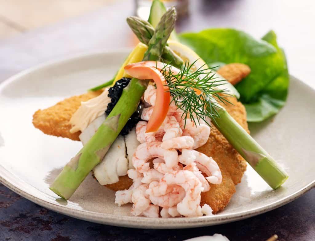 Stjerneskud - luksus opskrift med stegt og dampet fisk