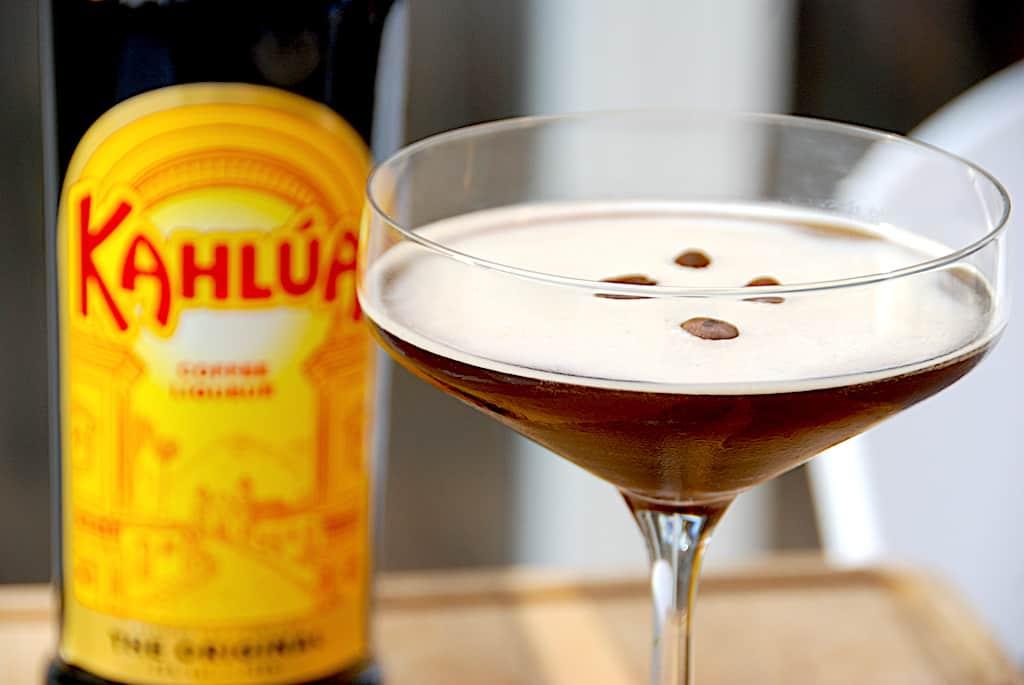Espresso Martini - opskrift på drink med Kahlua