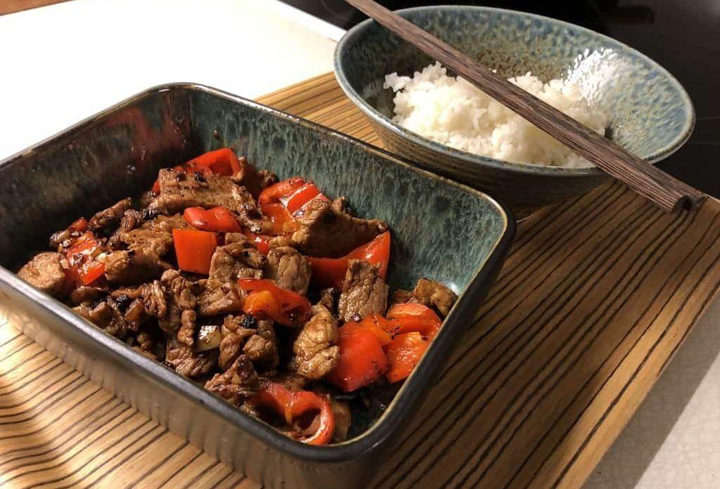 Ægte kinesisk wok-ret: Bondemandens ret