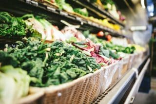 Er du også i tvivl om, hvad der er sundt, og hvad der ikke er? Fødevarestyrelsens 7 officielle kostråd hjælper dig til at spise sundere for både krop og klima.