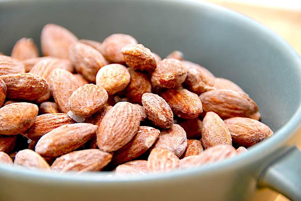 Saltede mandler - opskrift på nemme saltmandler