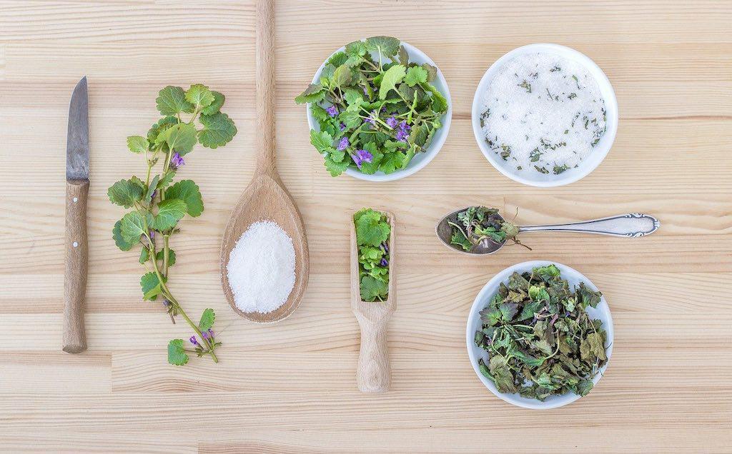 Husk at smage din mad til, hvis du vil have velsmag. Sørg for at alle fem grundsmage er tilstede og smag retten til, så der er balance mellem dem.