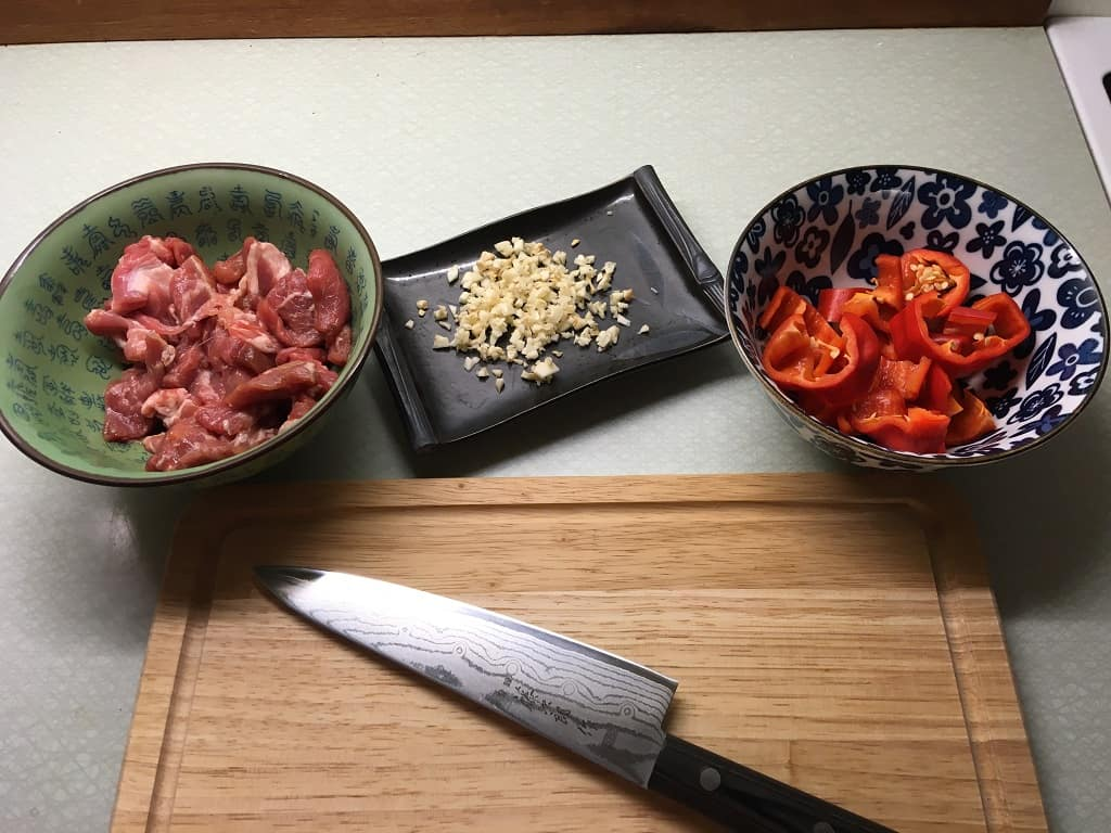 Wok ingredienser til kinesisk wokret