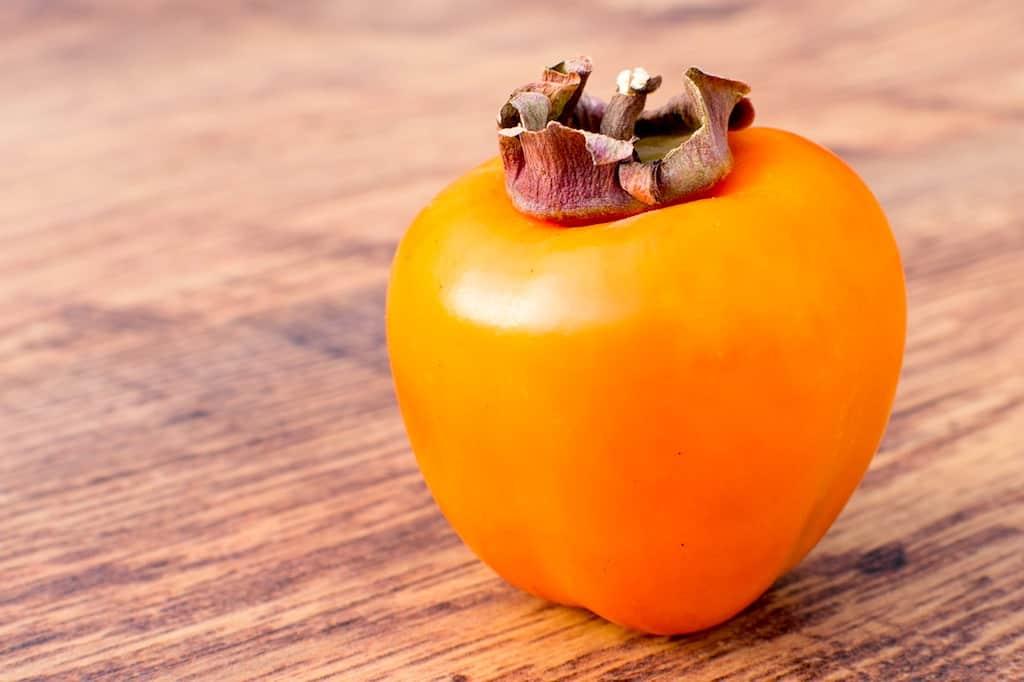 billede med kaki sharon frugt