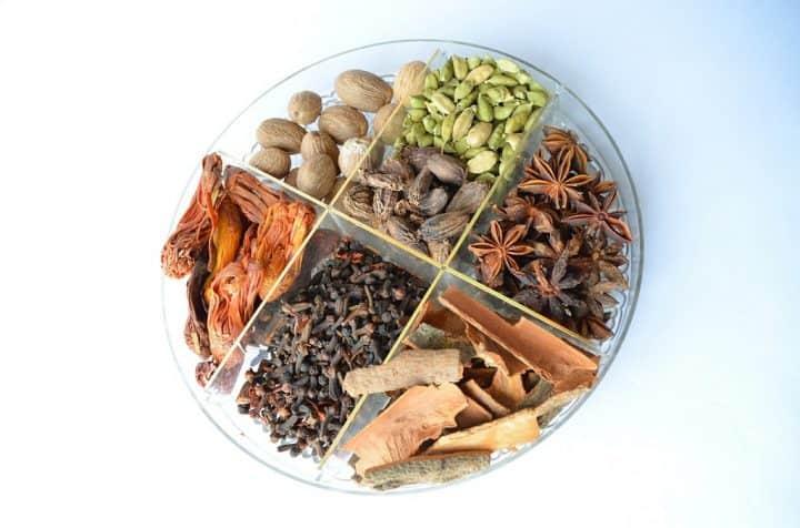 Indiske krydderier Madensverden.dk