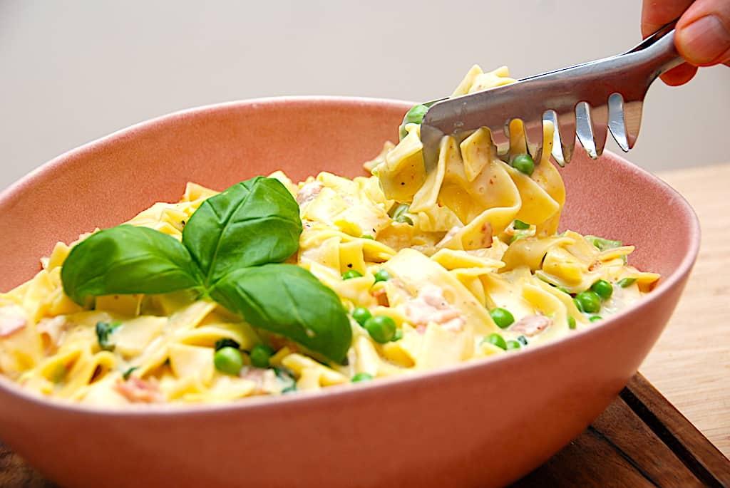 One pot spaghetti carbonara - aftensmad på 15 minutter