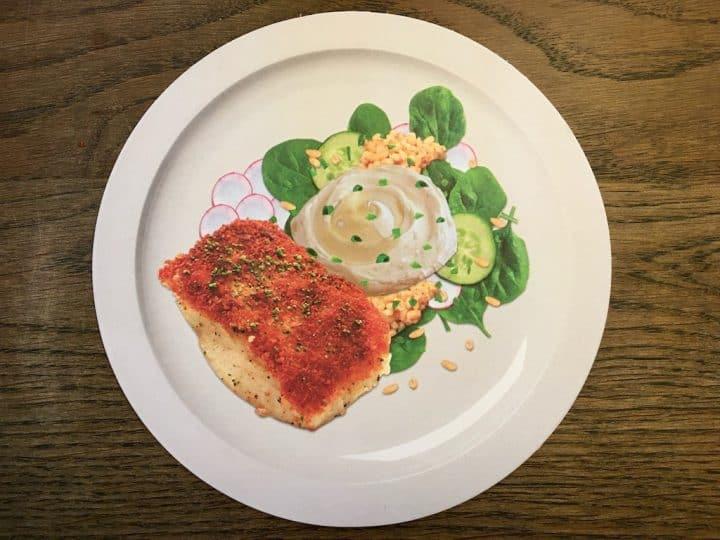 Torsken er alt for lækker til kun at blive spist til nytår. Prøv for eksempel denne opskrift på stegt torsk med en perlebygsalat og rygeostcreme. Foto: Modelfoto fra projekt FiSK.