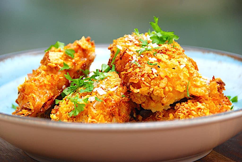 Cornflakes kylling - sprøde og panerede kyllingenuggets